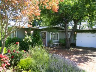 First Crush Cottage - Healdsburg, CA - Sonoma County vacation rentals