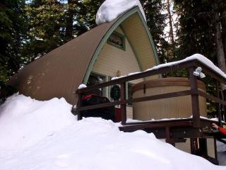The Maple Leaf Chalet - Silver Star Mountain vacation rentals