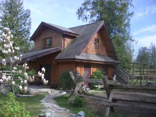 Sunnyside Acres Cottage - Gabriola Island vacation rentals