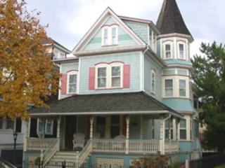House with 2 Bedroom, 2 Bathroom in Cape May (Chart House 6086) - Image 1 - Cape May - rentals