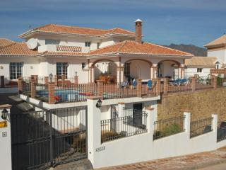 Villa Galvia, LA CALA GOLF RESORT, Heated Pool - Sitio de Calahonda vacation rentals