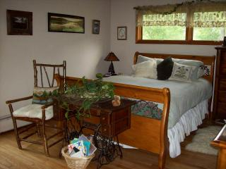 PRIVATE, RURAL RETREAT--SINGLE ROOMS AVAILABLE! - Remsen vacation rentals