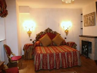 Navona Tours Luxury Suites - Rome vacation rentals
