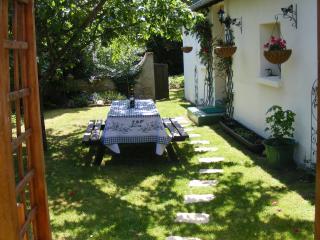 Maison Fleurie,rural gîte,Argenton sur Creuse - Argenton-sur-Creuse vacation rentals