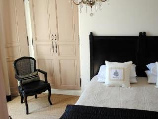 Maison No. 20 Chambres D'hotes et Appartements - Eymet vacation rentals