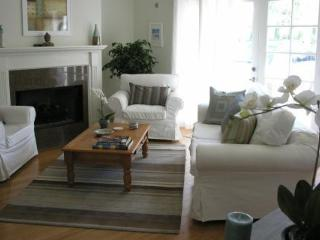 Romantic Garden Guest house near Universal Studios - Los Angeles vacation rentals