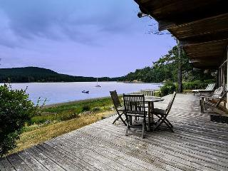 Waterfront home close to Roche Harbor Marina! - (Great Escape) - Friday Harbor vacation rentals