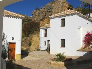 2 bedroom apartment at Molino la Ratonera - Almedinilla vacation rentals