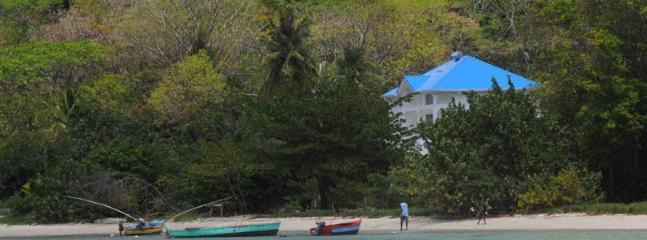 Hummingbird with local fishing boats on the beach - Hummingbird Beach House - Carriacou - rentals
