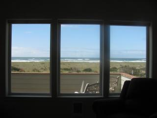 VIEW Westports a  LARGE CLEAN HOUSE - Westport vacation rentals