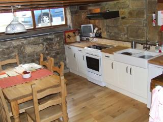 Coastguard Cottage, Staithes, N. Yorks, sleeps 6 - Skinningrove vacation rentals