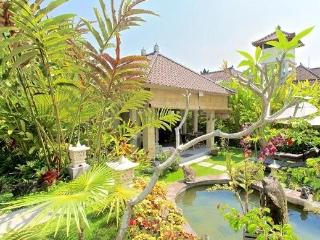 Villa Semua Suka 3 Bedroom with Bungalow in the Ricefields of Ubud - Woodston vacation rentals