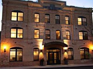 Luxury condominium in the Historic, Hotel Chauvet - Glen Ellen vacation rentals
