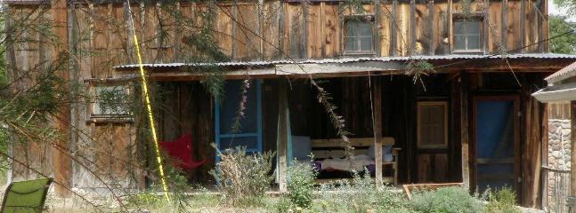 outside - guest house and weaving studio no of Santa Fe - Espanola - rentals