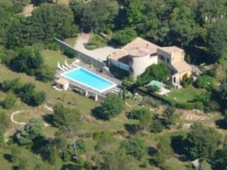 Charming Holiday Home with a Garden and Terrace, on the French Riviera - Les Arcs sur Argens vacation rentals
