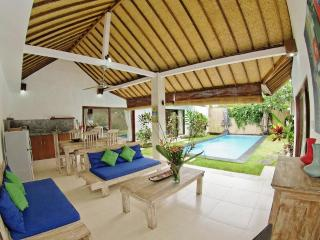 Villa Pagu, LAST MINUTE OFFER FOR JUNE!!! - Seminyak vacation rentals