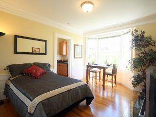 Huntington Park Studio - San Francisco vacation rentals