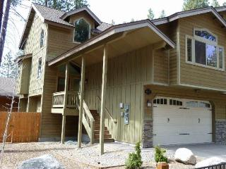 Luxury 4 Bed,3 Bath - HotTub,Pool,WiFi - $149.00! - South Lake Tahoe vacation rentals
