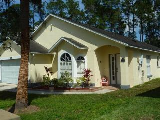 Beautiful Holiday Villa with Pool and Entertainment - Kissimmee vacation rentals