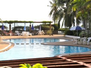 Samet View Beach House at Crystal Beach Rayong - Ban Phe vacation rentals