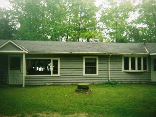 Sandy Pause Cottage - Sturgeon Bay vacation rentals