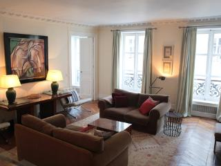 Large and Stylish 9th Floor 3 Bedroom Apartment - Paris vacation rentals