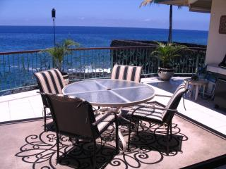 Koa Hale-Oceanfront Home 3 BR/3 BA Sleeps 8 - Kailua-Kona vacation rentals