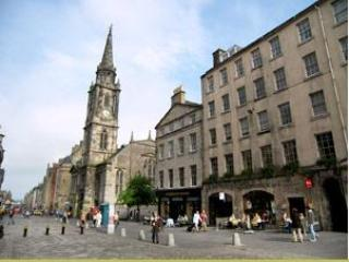 Ultra Central Apartment! Royal Mile, Sleeps 2-4 - Edinburgh vacation rentals