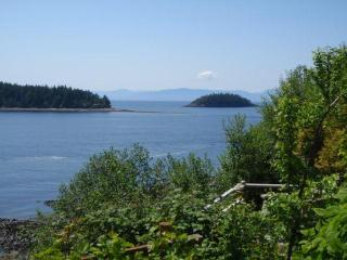 STARFISH STUDIO - Sechelt vacation rentals