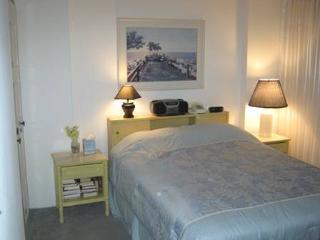 Charming Condo in Ocean City (CENTURY I 2520) - Piney Point vacation rentals