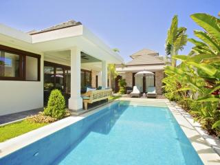 On the beach in Sanur:Luxury 3 bed Villa:16 Kejora - Sanur vacation rentals