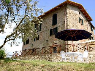 Villa Bastiola - Apartment Ulivo (self catering) - Umbertide vacation rentals