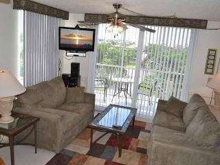 Newly Renovated Gold Rated Condo: Gulf,Tennis,Pool - Estero vacation rentals