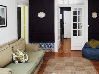 Center! Center! Center! Great 1790 apartment! - Lisbon vacation rentals