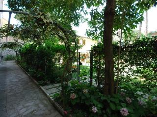 Amalfi Coast Villa for Friends in Sorrento Center - Villa Cassandra - Sorrento vacation rentals