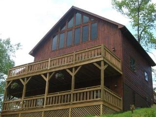 Lake,boatslip & rentals,canoe,wifi Book here onlin - Butler vacation rentals
