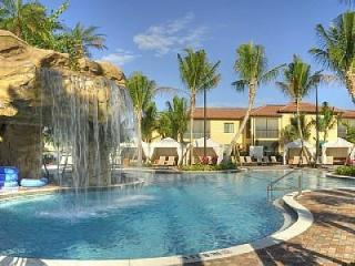Newest Naples' Downtown Enclave -Naples Bay Resort - Naples vacation rentals