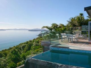 Cloud 9 - Luxury villa with breathtaking views - Russell vacation rentals