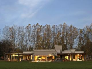 La Tapera, . LODGING . - Province of Mendoza vacation rentals