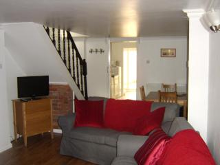 Caxton Cottage - West Sussex vacation rentals