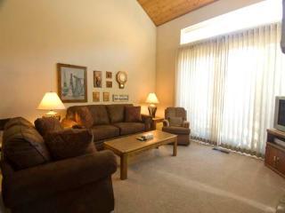 #554 Golden Creek - June Lake vacation rentals