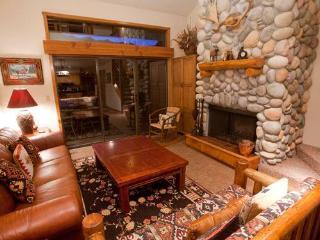 2 bed+loft /2 ba- PRIMROSE 1711 - Wilson vacation rentals