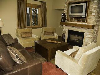 Lodge 201B Two Bedroom, Two Bath Corner Lodge Condominium. Sleeps 6. WIFI. - Tamarack Resort vacation rentals