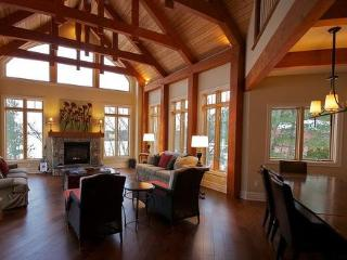 Extraordinary Rental Escape, Muskoka Soul - Gravenhurst vacation rentals