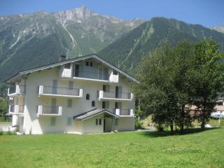HOLIDAY APARTMENT CHAMONIX - Chamonix vacation rentals