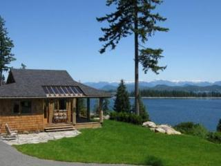 Luna Vista - Private Cabin for 2 - Quadra Isl., BC - Quadra Island vacation rentals