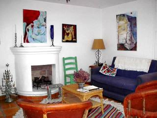 Casa Roja, an artist's home - Central Mexico and Gulf Coast vacation rentals