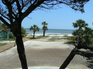 Short Walk to Ocean - Free Wi-Fi - 3BR - Top Floor - Hilton Head vacation rentals