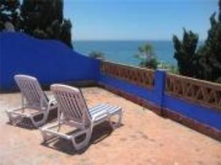 Roof terrace with amazing views both to the sea and to Fuengirola. - Typical Spanish house by  BEAUTIFUL BEACHES. - Benalmadena - rentals