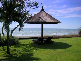 a stunning architect designed  beachfront Asmara - Lovina vacation rentals